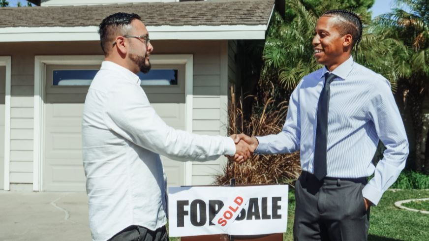 Real estate agent Chicago